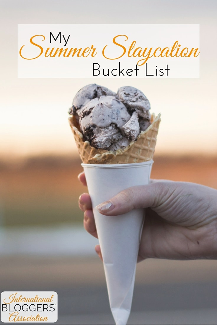 Get your Summer Staycation Bucket List ready! Summer's finally here! Time to enjoy time with family and have some fun. While many of us may be planning to pack up the kids and head out on that annual summer vacation, that's not always a possibility. So how do you plan a fun summer without leaving home? Putting together a great Summer Staycation Bucket List is a great place to start!