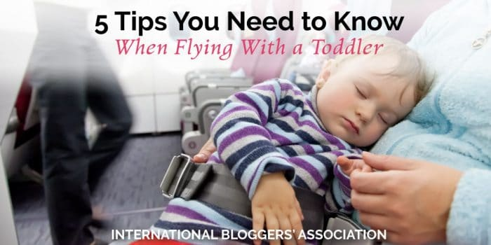5 Tips You Need to Know When Flying With a Toddler