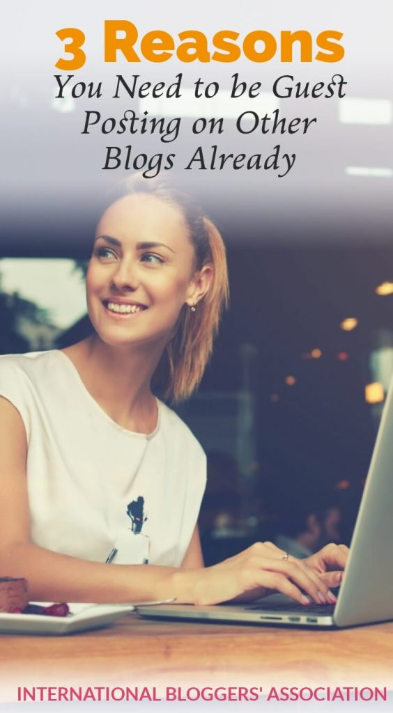 woman at computer with text overlay Why You Need to be Guest Posting on Other Blogs
